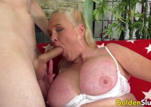 Older lady blowjob